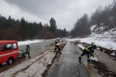 Delo ob regionalni cesti - odcep Gozdace