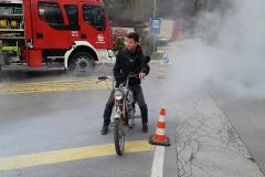 Če motor tako kadi, bo delal le še nekaj dni